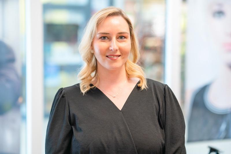 Aline Hartz, St Ingbert, stellvertretende Salonleitung
